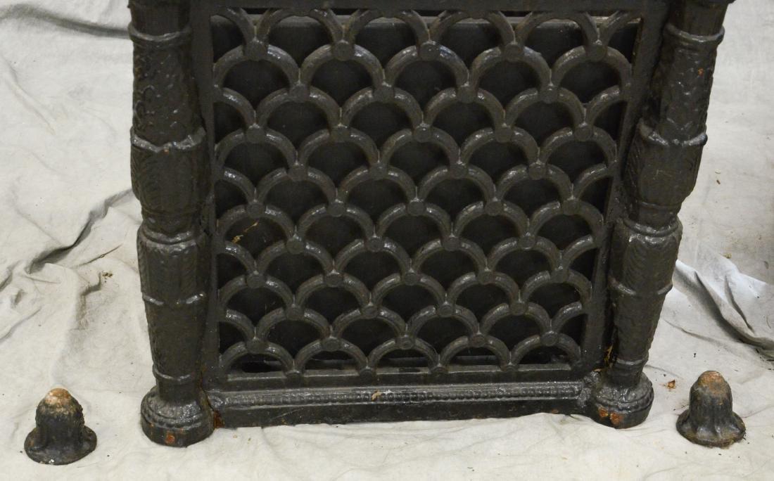 Pr cast iron Victorian style planters - 2