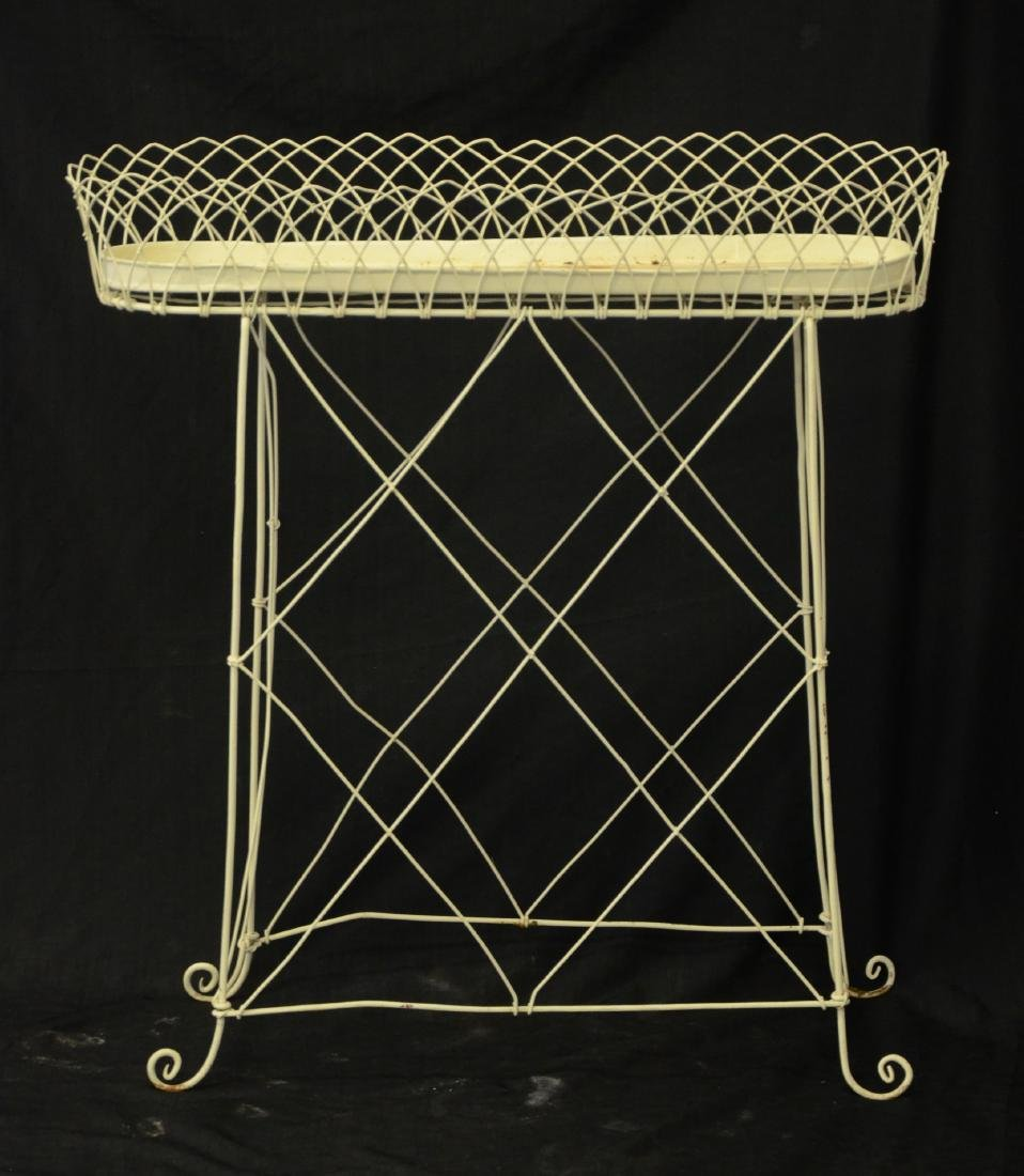 Pr oval French style wire planters - 2