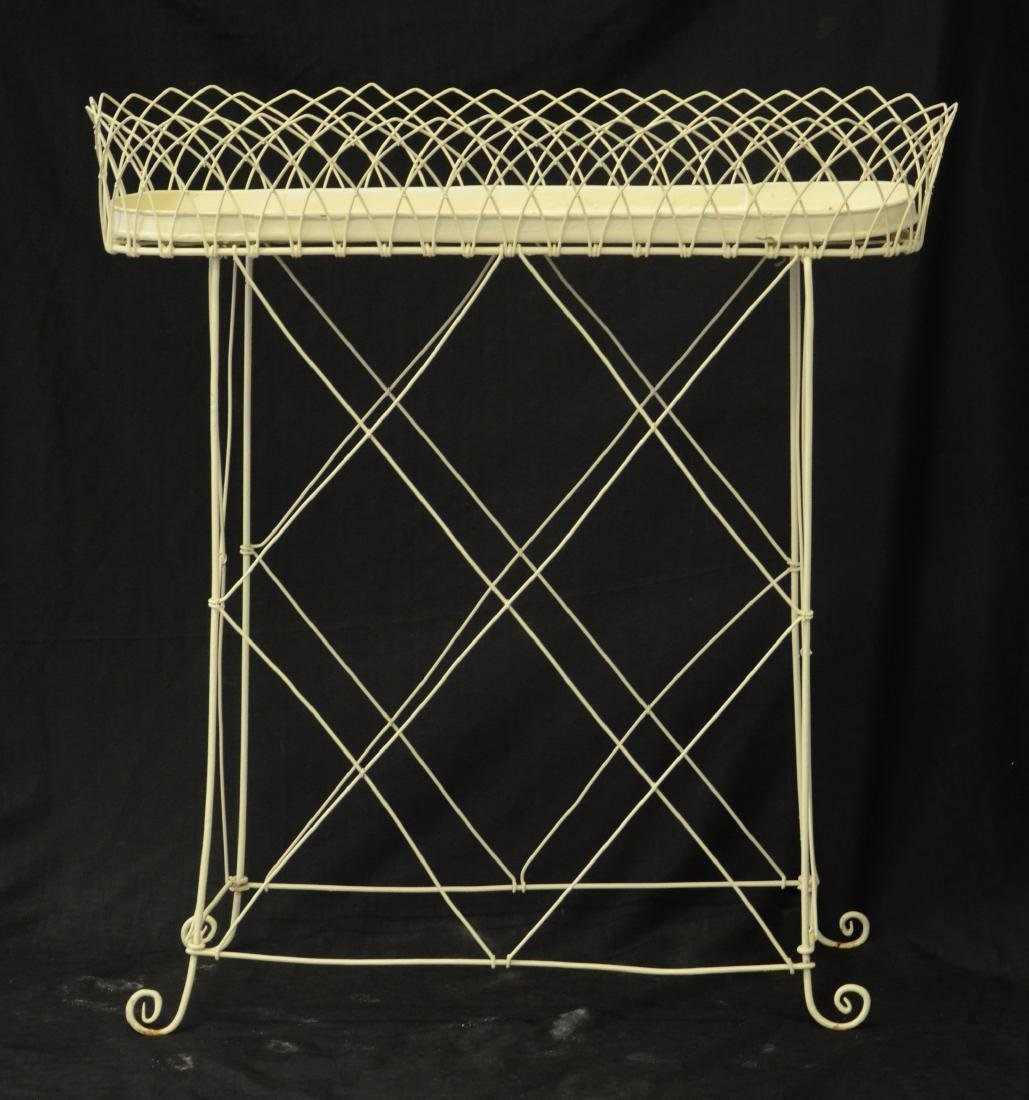 Pr oval French style wire planters - 3