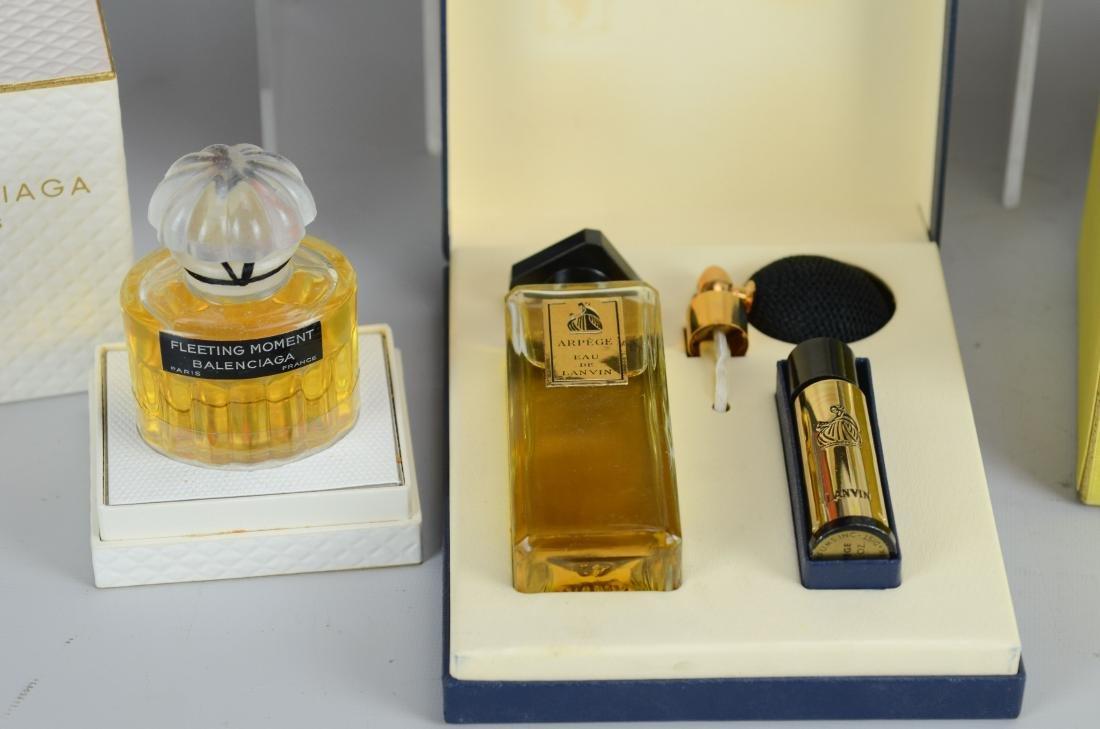 12 Designer perfumes & talcs in original boxes - 4