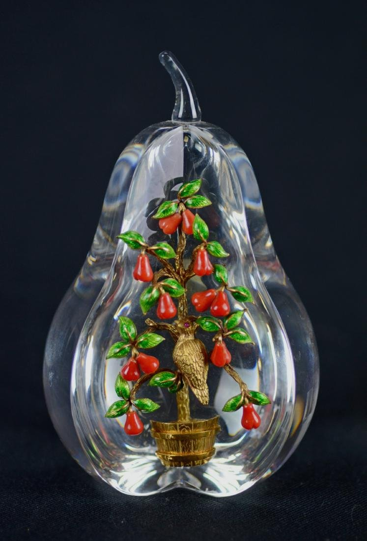 Steuben Partridge in Pear Tree paperweight