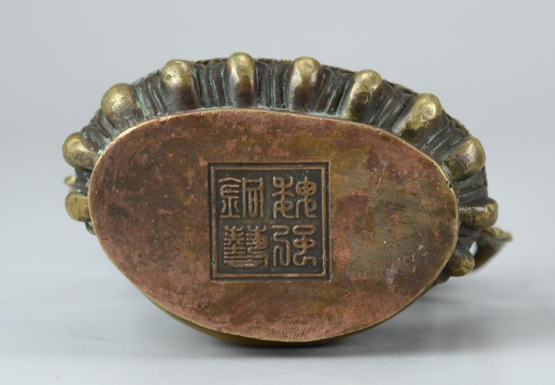 Tibetan style bronze figure - 3