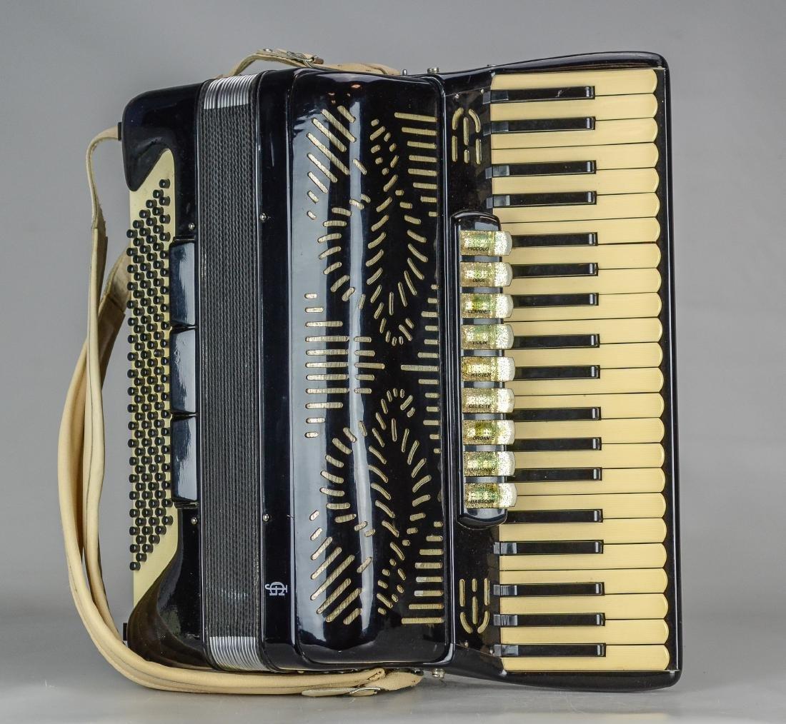 Giulietti accordion, model F23 - 2