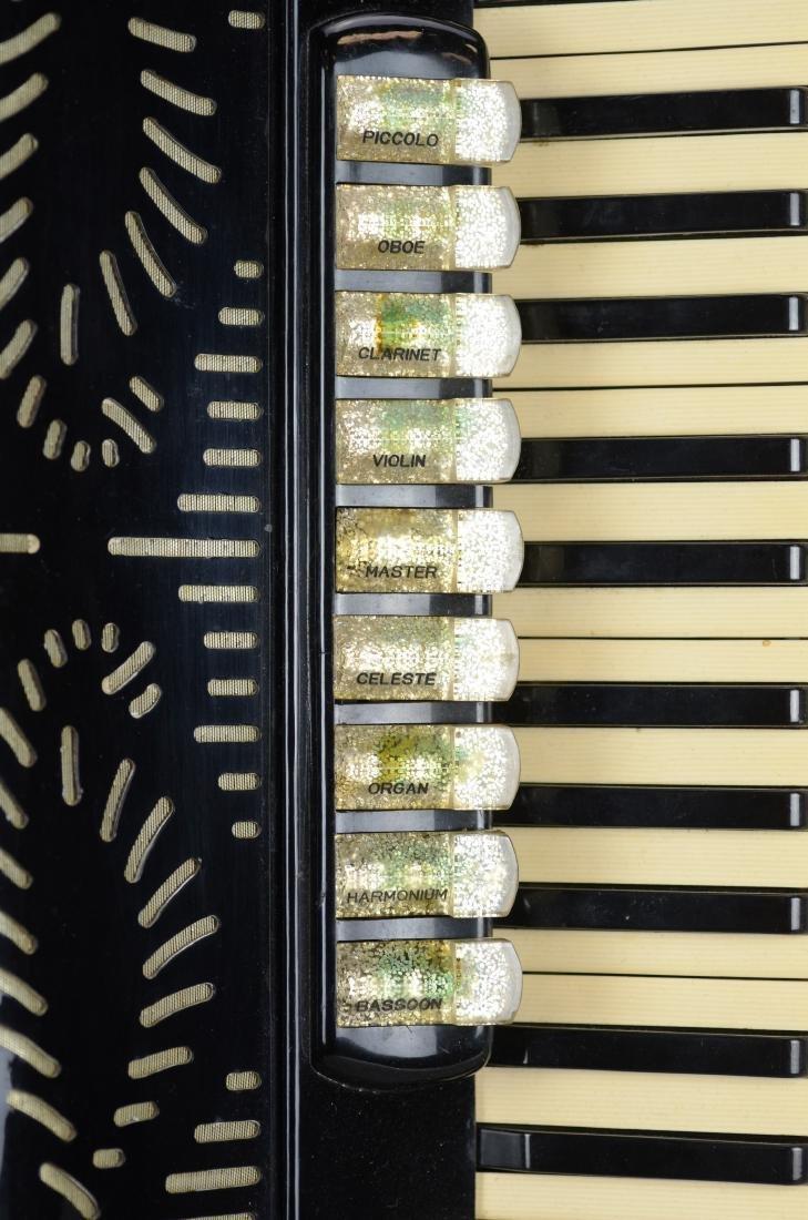 Giulietti accordion, model F23 - 3