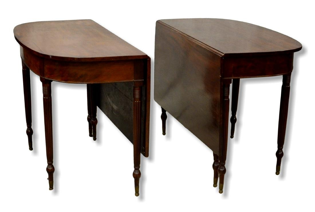 Federal style drop leaf dining table