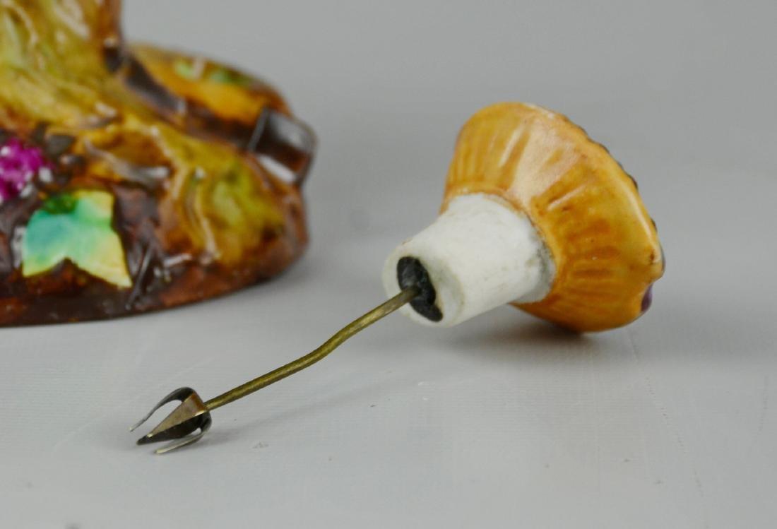 Staffordshire porcelain figural perfume diffuser - 2