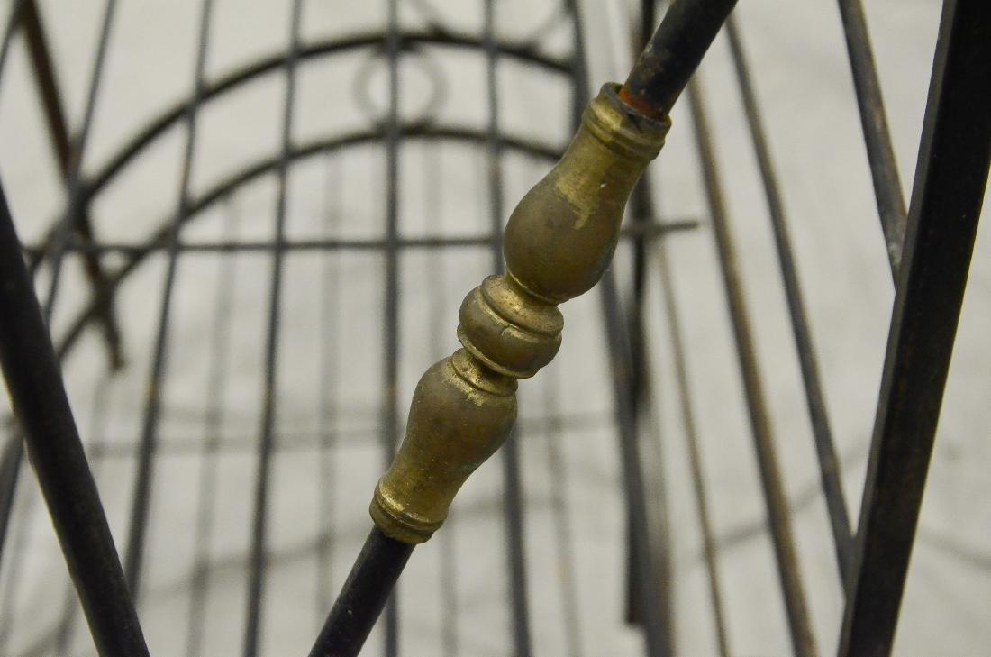 Neoclassical style metal baker's rack - 3