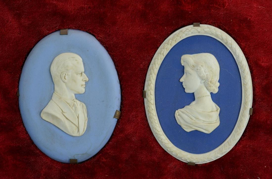 5 Blue Jasperware plaques - 3