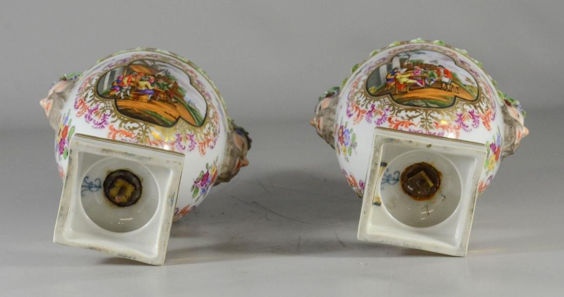 Pair of Dresden porcelain cassoulets - 3