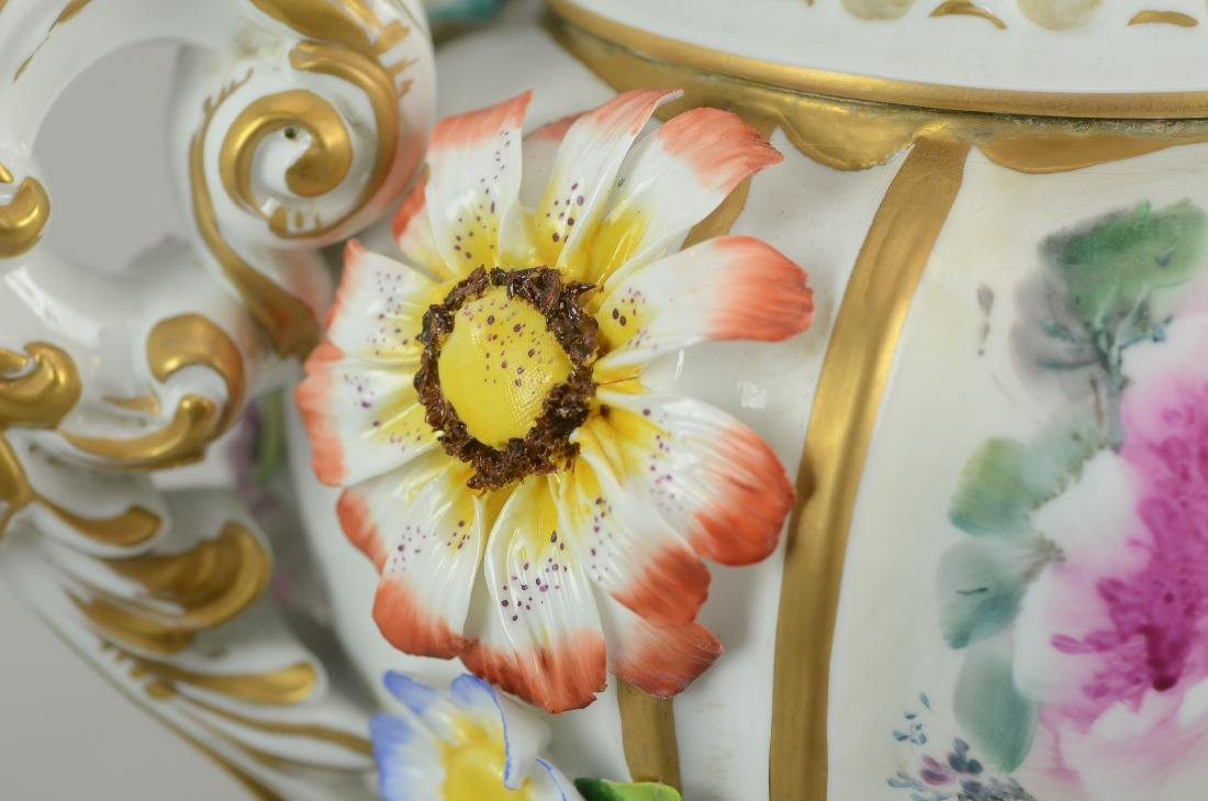 """Pr Tiche porcelain covered urns, made in Italy, 22-1/2"""" - 5"""