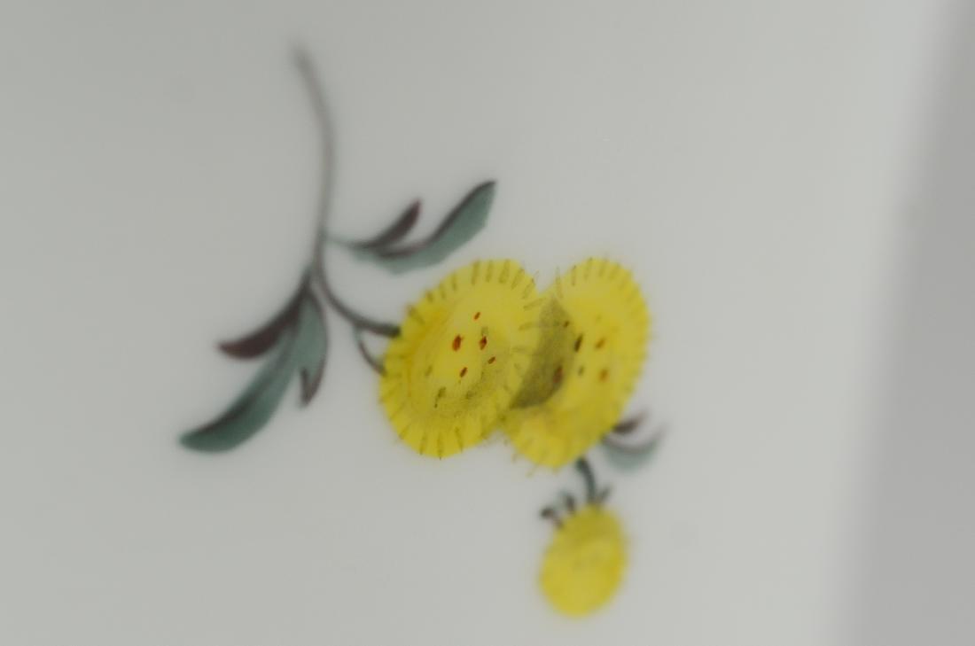 (4) Meissen floral trumpet vases - 2