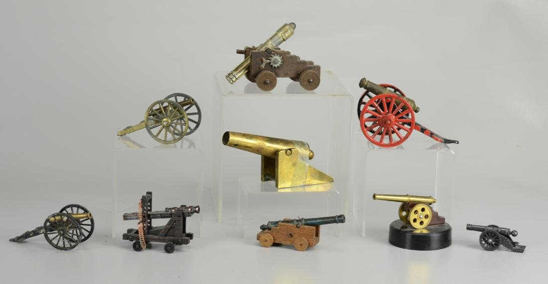 (9) Miniature metal cannon