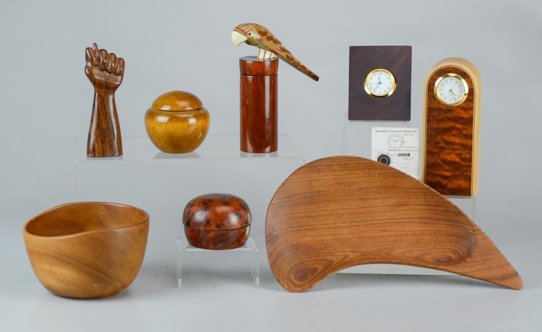 (8) pcs wood