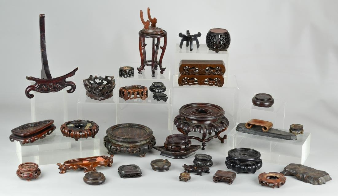 (33) Chinese carved wood stands