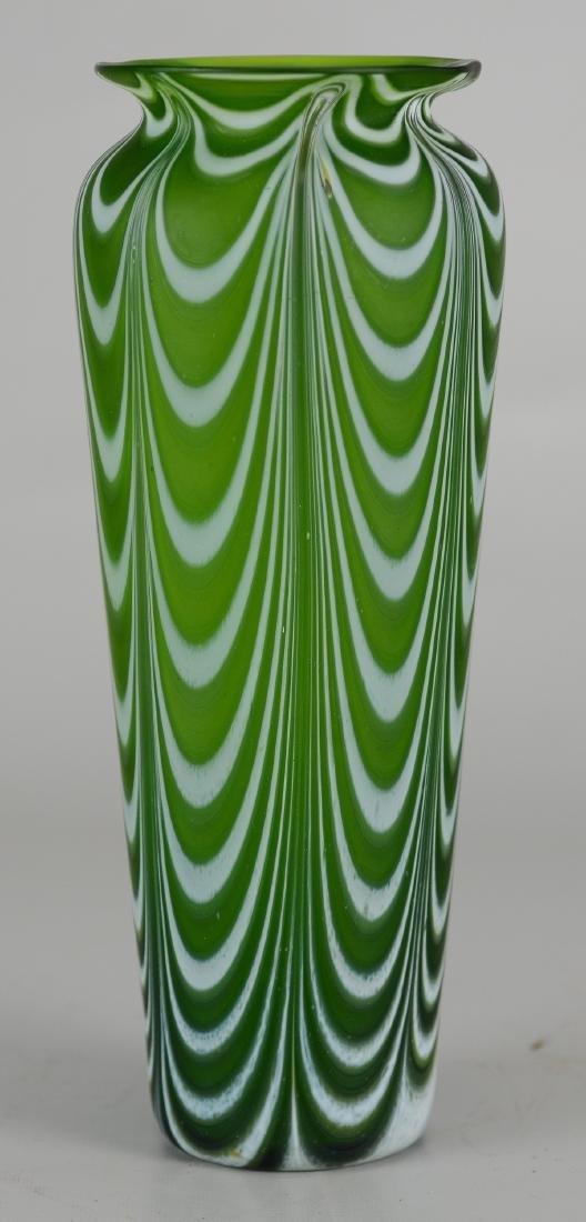 Green & Swirl art glass vase