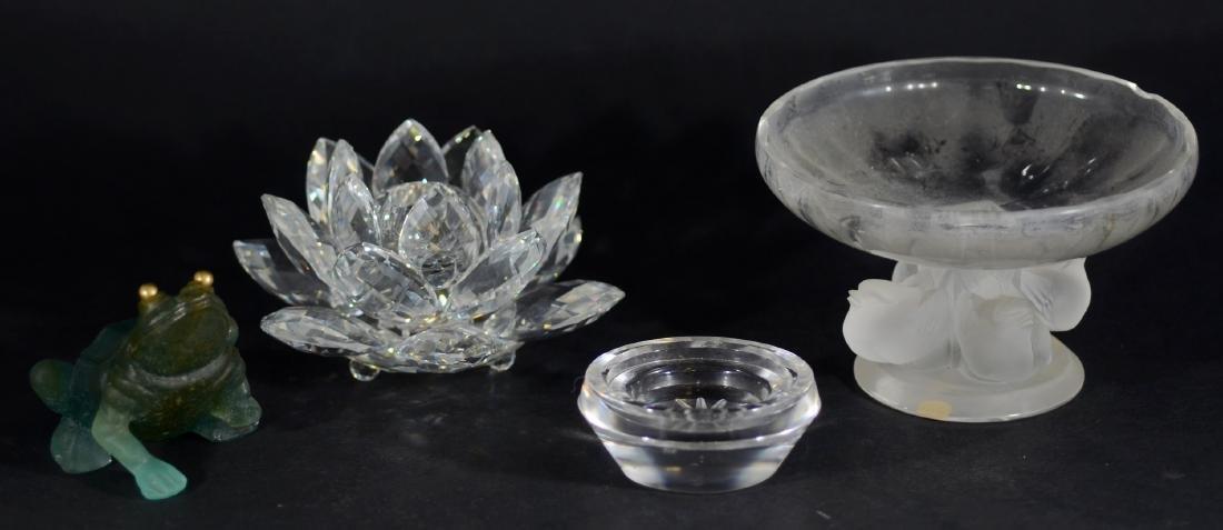 (4) Pcs Glass