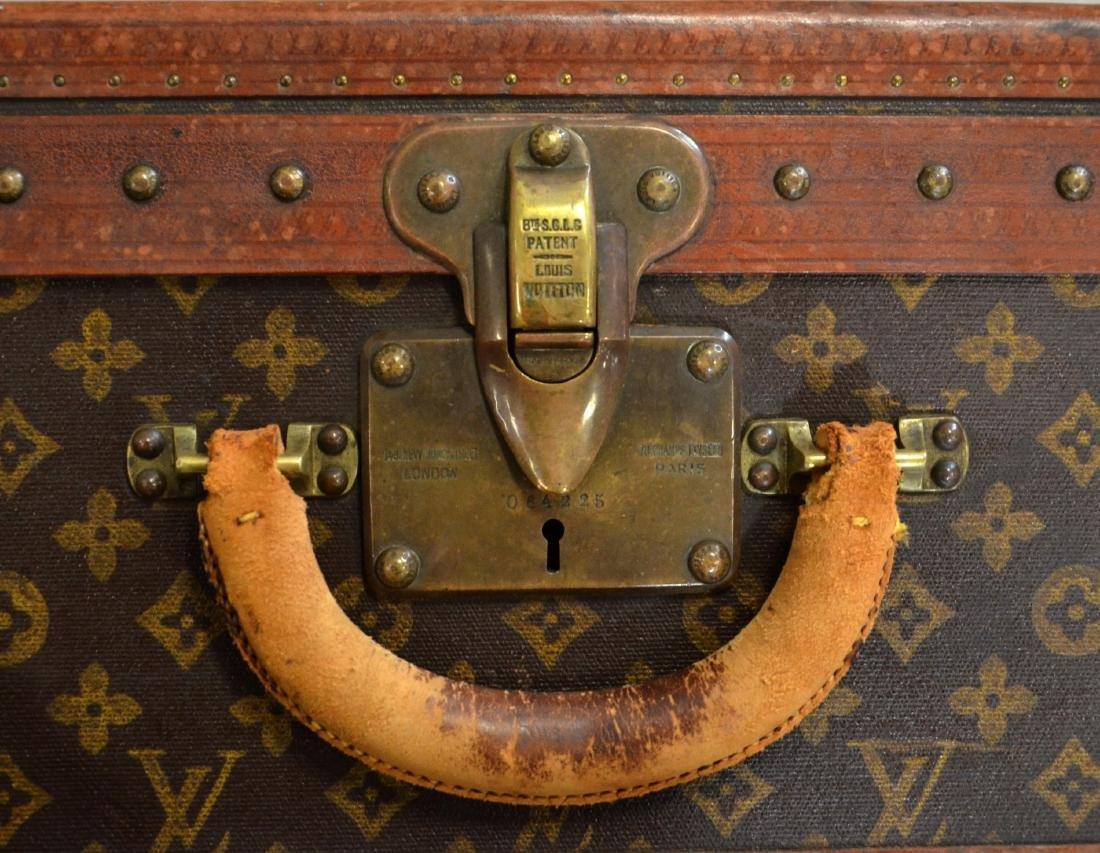 Louis Vuitton 70 size suitcase - 6