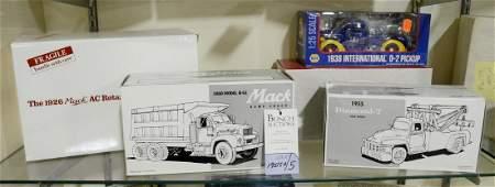 5 Toy vehicles