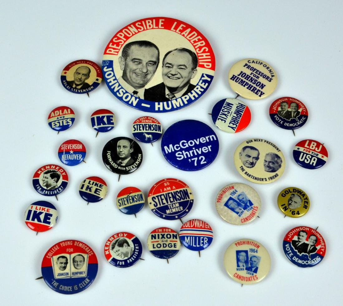 (26) 1952-1972 Presidential Campaign Buttons