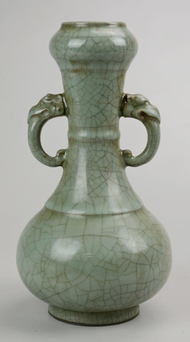 Chinese celadon pottery crackle glaze vase