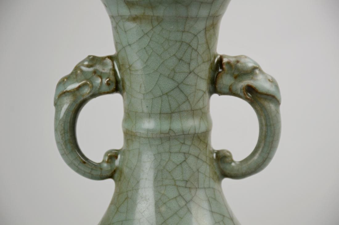 Chinese celadon pottery crackle glaze vase - 2