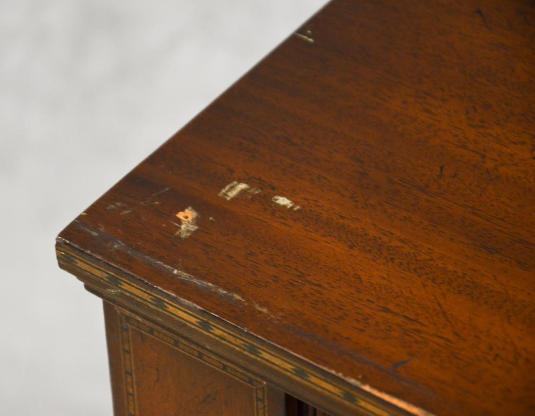 Inlaid Mahogany Hepplewhite style Secretary Desk - 3
