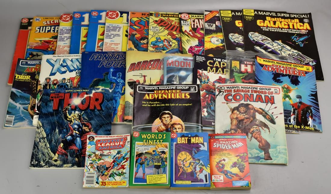 (12) Supersized Various Issue Comics