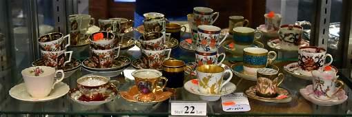 Shelf 22  16 Cup  Saucer Sets