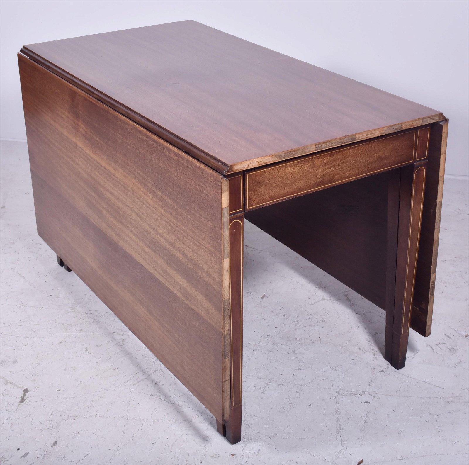 Brandt Hepplewhite style mahogany inlaid drop leaf