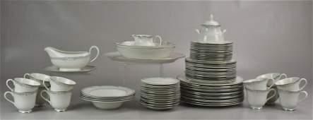 75 Piece Royal Doulton Sophistication Dinnerware