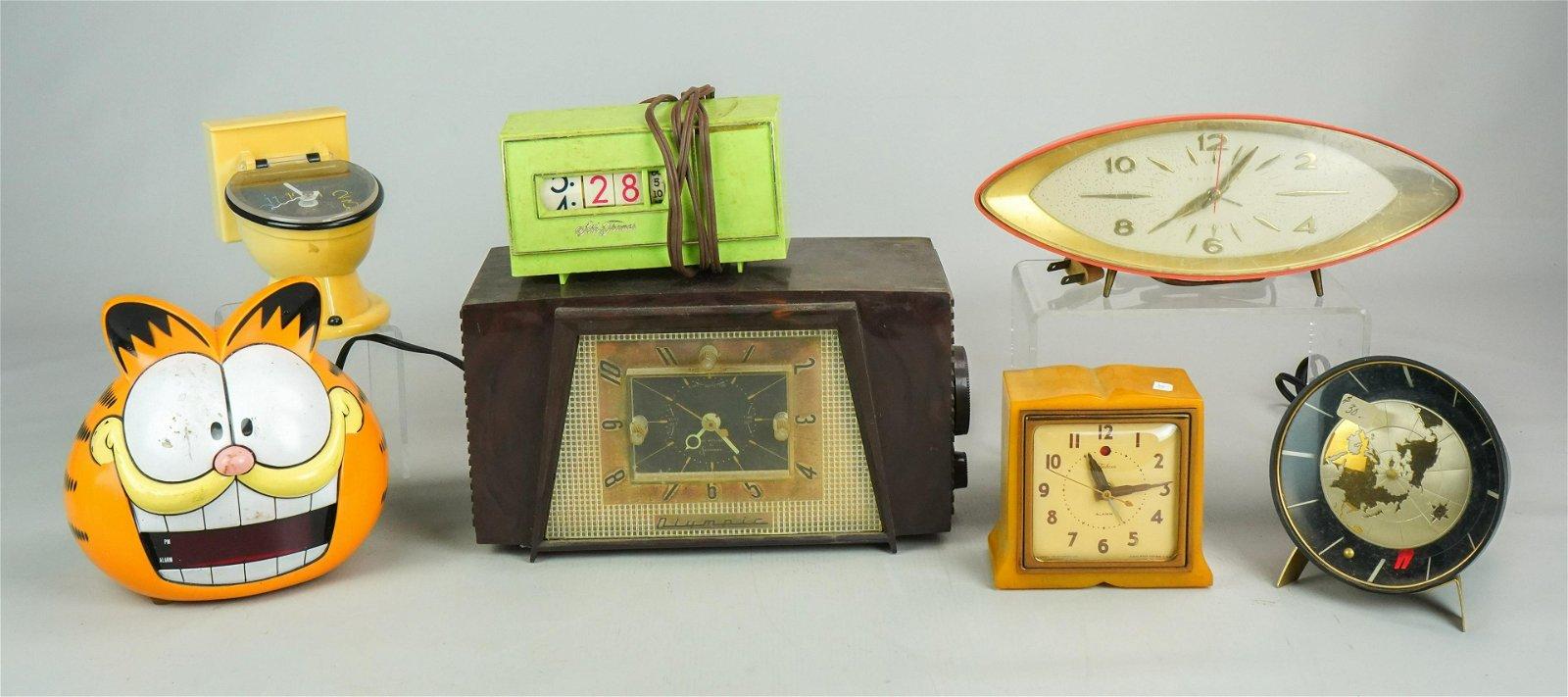 (7) Plastic Case Electric Clocks
