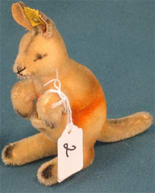 """6"""" x 5 1/2"""", Kangaroo """"Linda"""""""