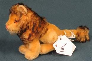 "4 1/2"" Lion, no tag, no button"