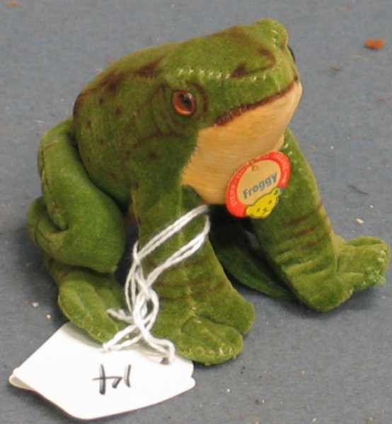 """14: 3"""" Frog, """"Froggy"""", no  button"""