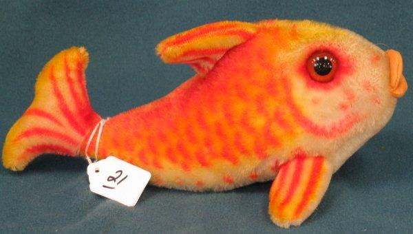 """21: 11"""" Goldfish, no tag, no button"""