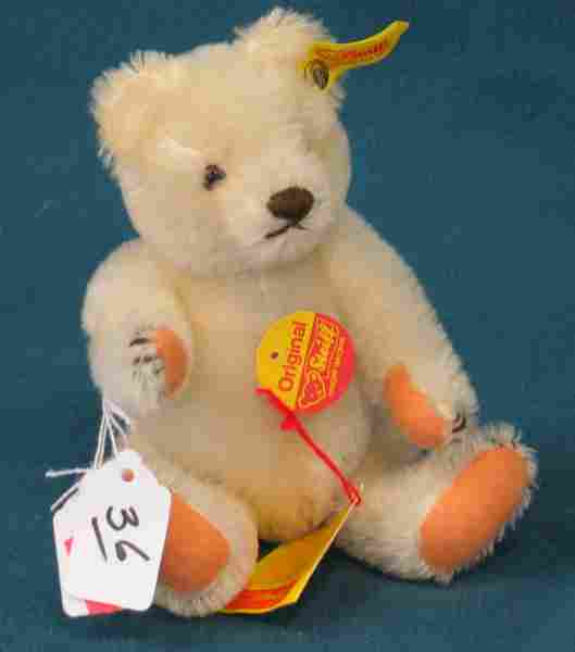 """8"""" Bear, White, Jointed"""