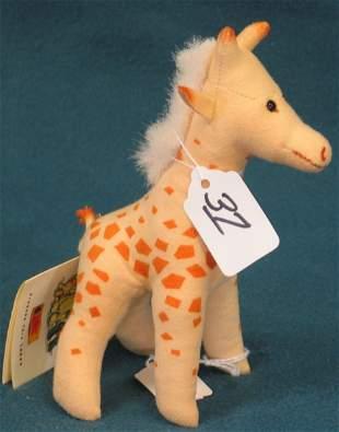 """7"""" Giraffe, """"Knuffi"""""""