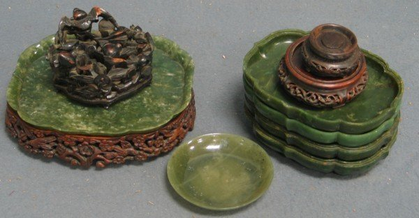325: 4+2 odd double green jade shallow dishes