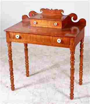 NE Sheraton figured maple dressing table