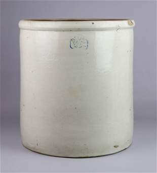 10-Gallon Stoneware Pottery Crock