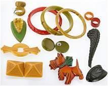 (13) Pc Vintage Bakelite Jewelry Group