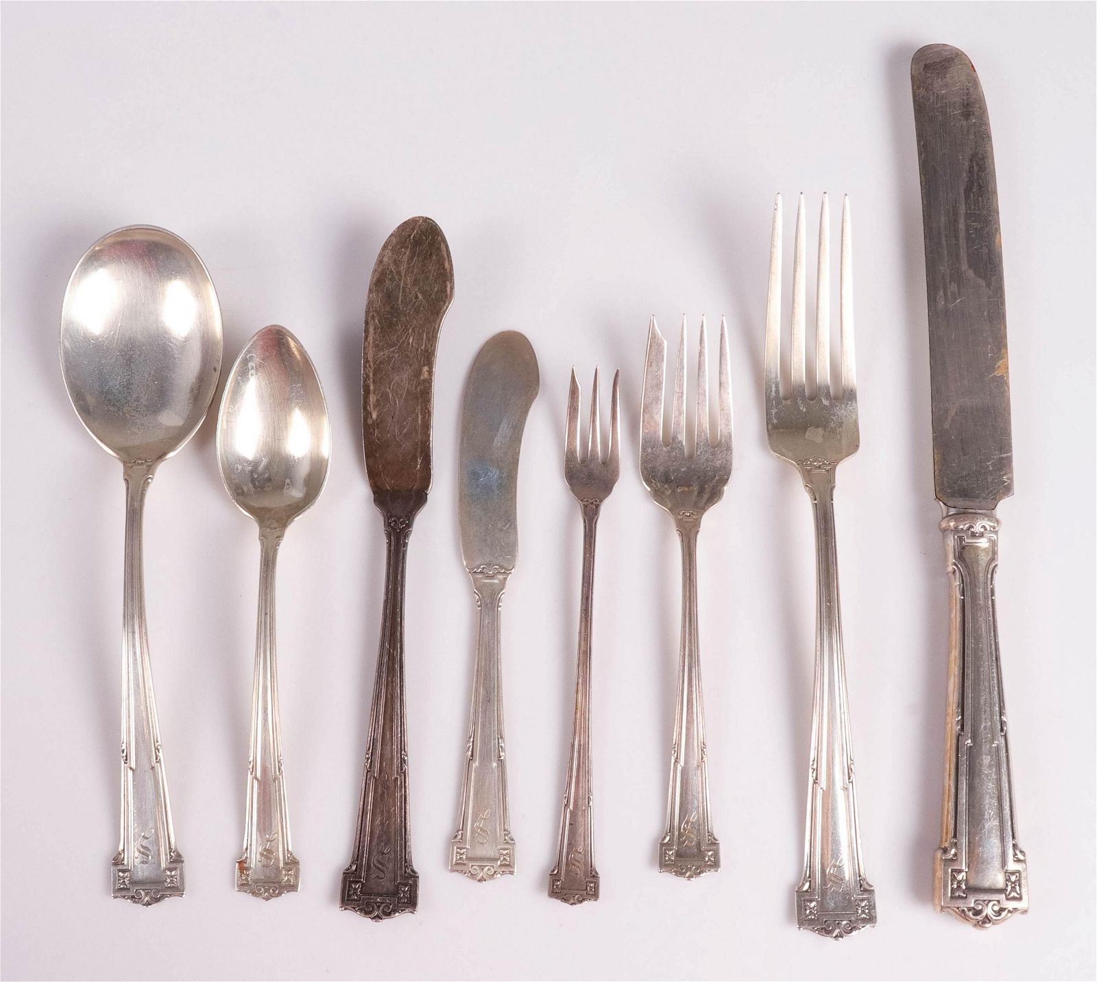 (68) Pcs Wallace Sterling Flatware, 70.035 TO