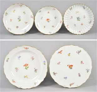 (5) Meissen Floral Decorated Bowls/Cake Plate