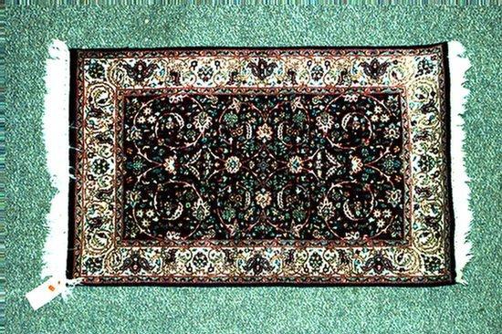 6: 2.7 x 4.0 Indo-Keshan rug