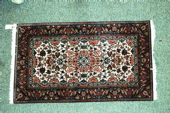 7: 3.0 x 5.0 Indo-Keshan rug