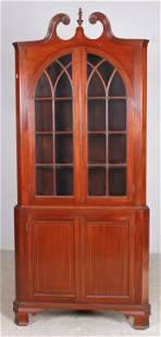 String inlaid mahogany 2-part Federal style corner