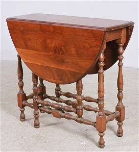 Mahogany William and Mary style gateleg table