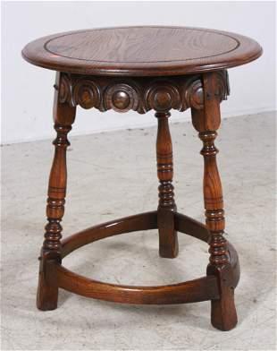Oak round lamp table