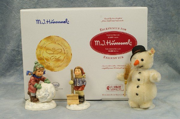 7: 2 Hummel figurines: Frosty Friends (Collector's Set