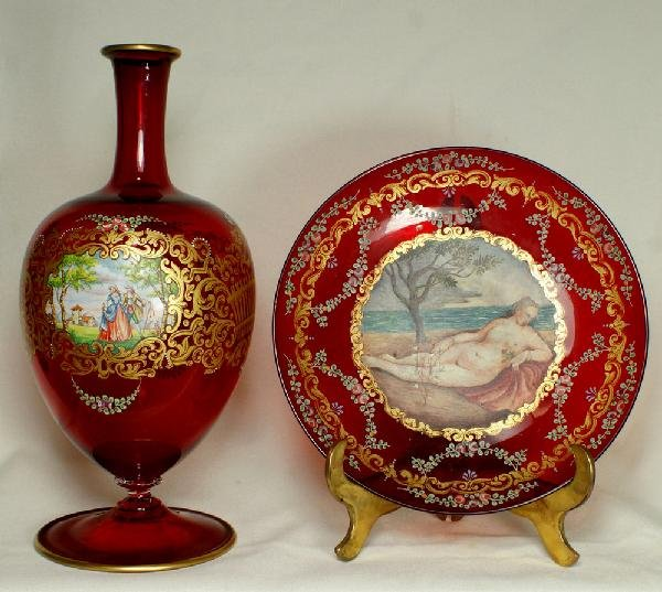7: 2 pcs of Venetian painted and enameled shallow plate